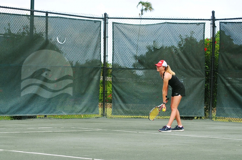 13 Har-thru Clay tennis courts available day or night.